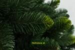 umelý vianočný zelený stromček na Vianoce