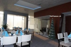 vianočné stromčeky na dekoráciu
