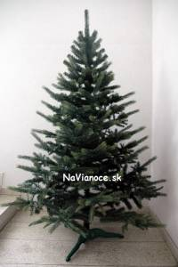 3d klasické vianočné stromčeky