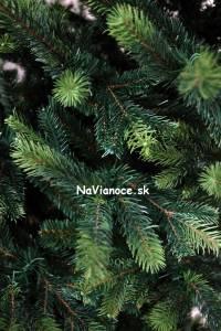 najkrajší 3d umelý vianočný stromček