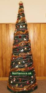 stromček na vianoce oranžový