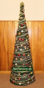 nazdobený vianočný stromček