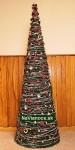 umelý ozdobený vianočný strom