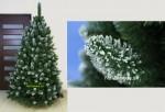 Snehové biele umelé vianočné stromčeky.
