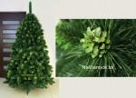 Zelené vianočné stromčeky so šiškami.