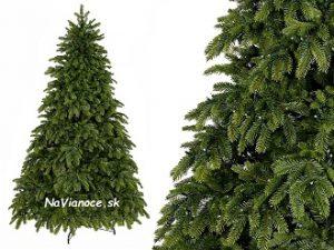 umelý pekný vianočný stromček