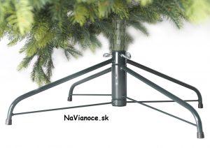 vianočný stojan na vianočný stromček