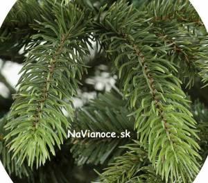 trendový vianočný stromček