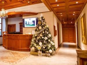 luxusný umelý vianočný stromček